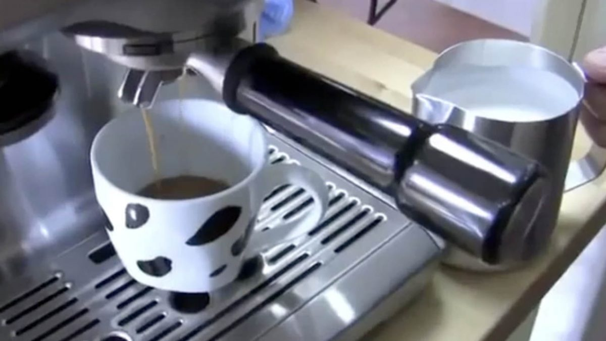 Best Latte Machine Review 2020: Most Advanced, Intuitive Latte Machine for Home