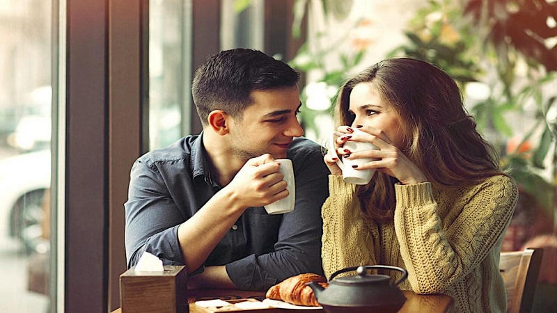 How To Ask A Girl For Coffee - 2 Amazing Ways To Break The Ice!