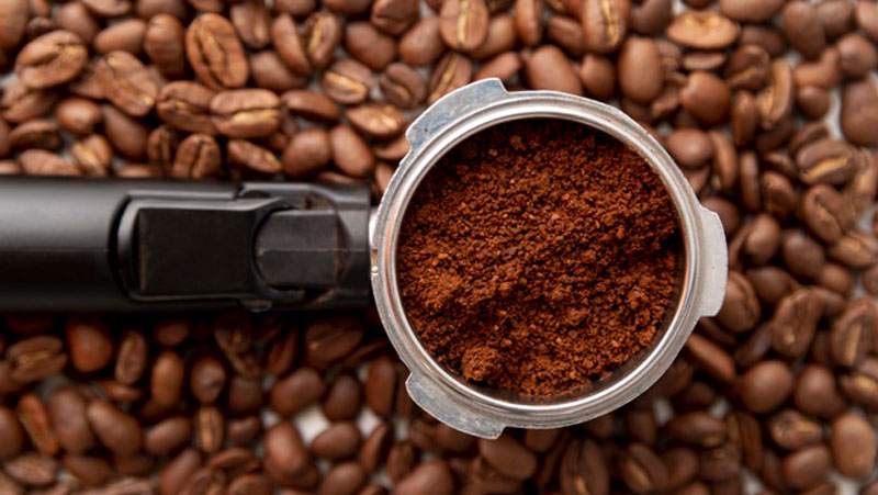 Can You Eat Raw Coffee Powder? Amazing Truth