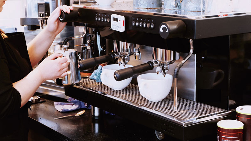 How Much Does It Cost To Rent A Coffee Machine? Is It Worth