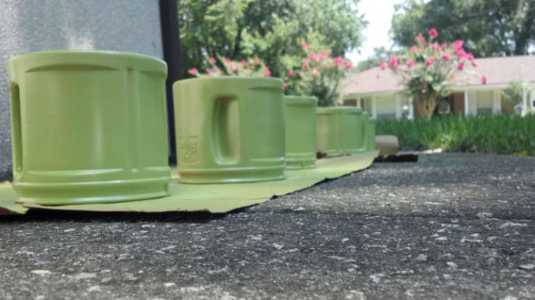 How To Paint Plastic Coffee Containers? Best Painting Method